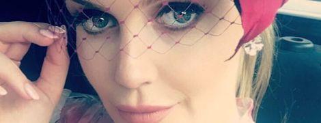 В платье за пять тысяч долларов и красивой шляпке: сестра британских принцев - леди Китти Спенсер, на свадьбе