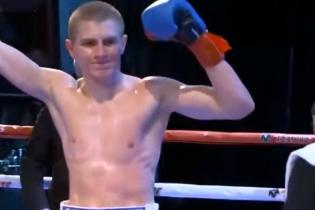 Непобедимый украинец будет боксировать в андеркате финала WBSS Усик - Гассиев