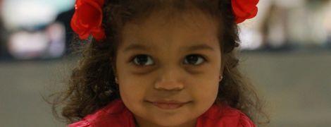 Зупинка серця і вегетативний стан: 7-річна Аіша потребує допомоги