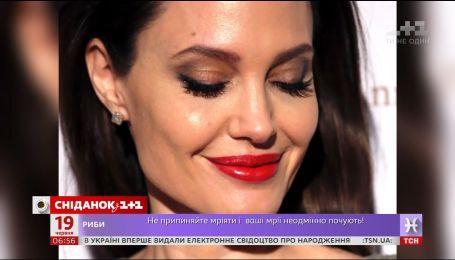 Анджелину Джоли атаковали жестокой критикой в социальных сетях