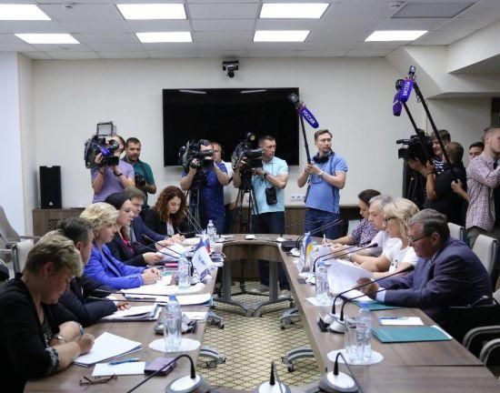 Омбудсмени України та Росії домовились про взаємні візити до чотирьох ув'язнених за вибором