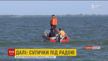 Непогода осложняет поиски пропавшего в море мальчика