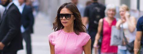 В розовом платье и снова без бюстгальтера: Виктория Бекхэм в объективах папарацци