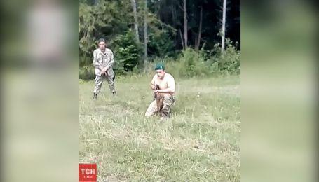 В поисках контрабандистов: пограничники на Буковине стреляли в ногу селянину. Эксклюзивное видео