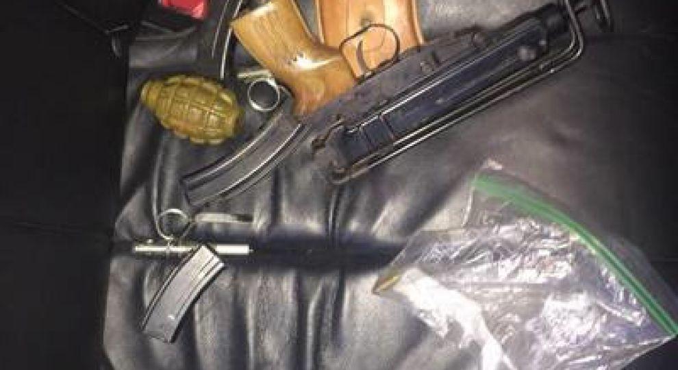 Пістолети, патрони та гранати. У Харкові студент торгував боєздатною зброєю