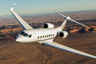 Самолет за 70 миллионов долларов. На каком люксовом борту летает бывший вице-премьер РФ