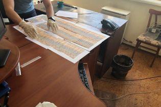 На Сумщине задержали заместителя главного фискальщика области на взятке в 60 тыс. грн