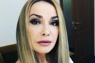 Ольга Сумская вспомнила, как выглядела в 20 лет и показала лицо без макияжа