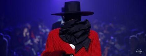 Красивые шляпы и гигантские розы в коллекции Marc Jacobs сезона осень-зима 2018-2019