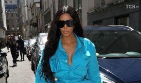 Ким Кардашян решилась посетить Францию впервые после дерзкого ограбления