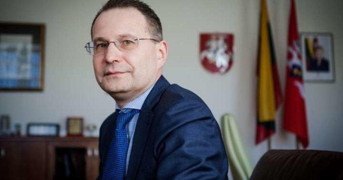 У Києві пограбували голову Конституційного суду Литви Дайнюса Жалімаса 85544d264805a