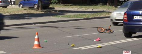 У Харкові жінка-водій не помітила на переході 4-річного велосипедиста