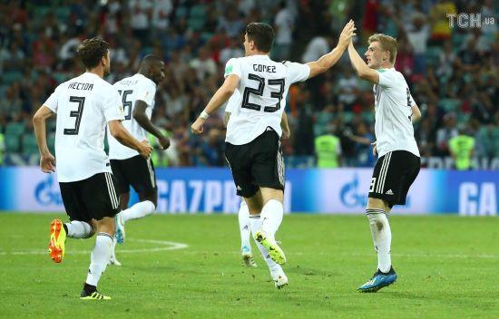 Збірна Німеччини на останній хвилині зустрічі вирвала перемогу над Швецією