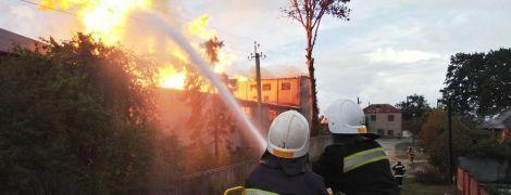 На Тернопільщині стався вибух на спиртзаводі – евакуювали 350 людей