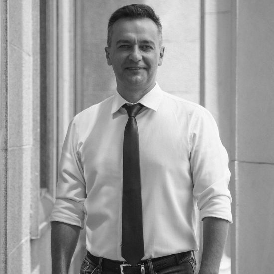 Відомий український журналіст Дмитро Гнап заявив, що йде у політику