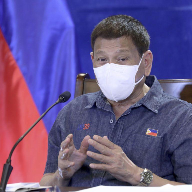"""""""Или вакцинация, или я отправляю вас в тюрьму"""": президент Филиппин обратился к населению с радикальным заявлением"""