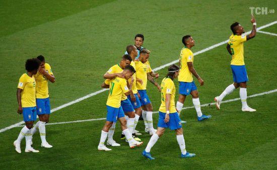 Бразилія розібралася із Сербією і вийшла до 1/8 фіналу ЧС-2018