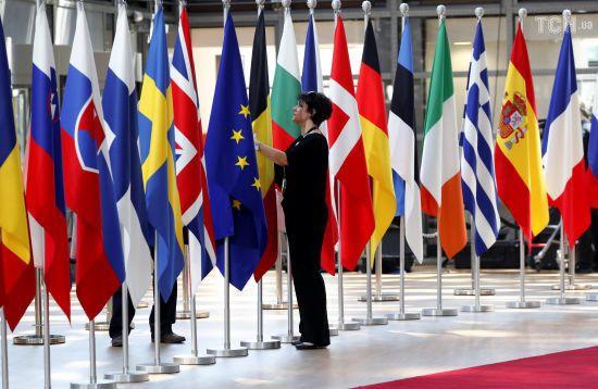 Країни ЄС узгодили рішення мігрантської кризи та подовження санкцій проти РФ