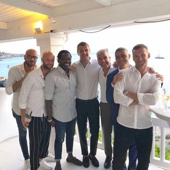 Старі друзі знову разом: Шевченко провів відпочинок на яхті з легендою футболу