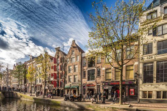 Мером Амстердама вперше обрали жінку