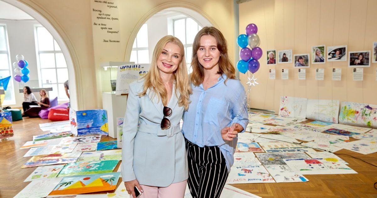 Лідія Таран і Анна Ломакіна