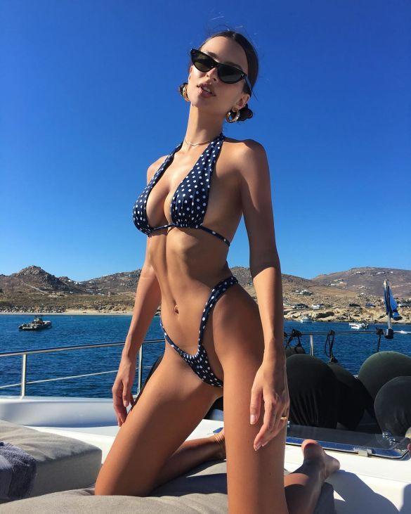 Эмили Ратажковски_1