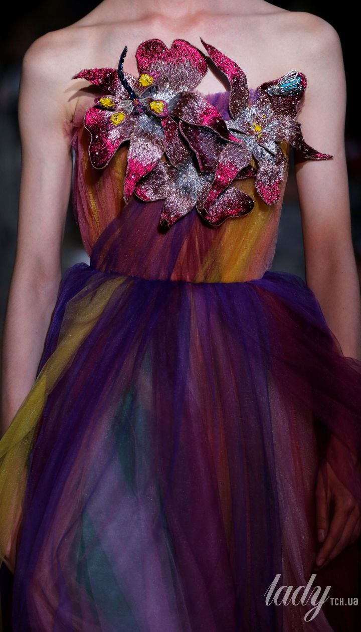 Коллекция Schiaparelli Haute Couture осень-зима 2018-2019 @ Reuters