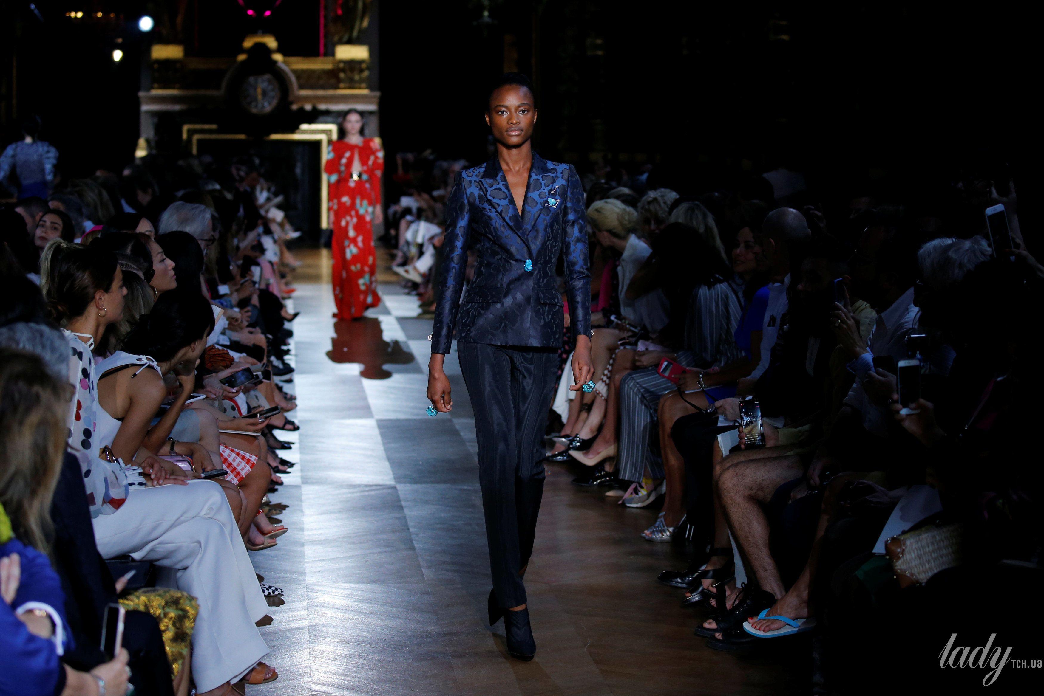 Коллекция Schiaparelli Haute Couture осень-зима 2018-2019_34