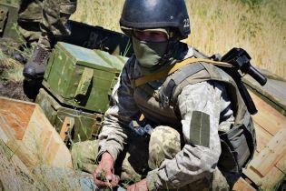 На Донбасі загинув один український боєць і ще двоє були поранені. Ситуація на передовій