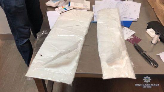 Поліція накрила міжнародну банду наркоторговців із партією кокаїну на 30 мільйонів гривень