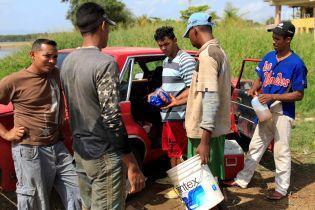 Кукуруза за новую прическу: Reuters показало, как кризис вынудил венесуэльцев прибегать к бартеру