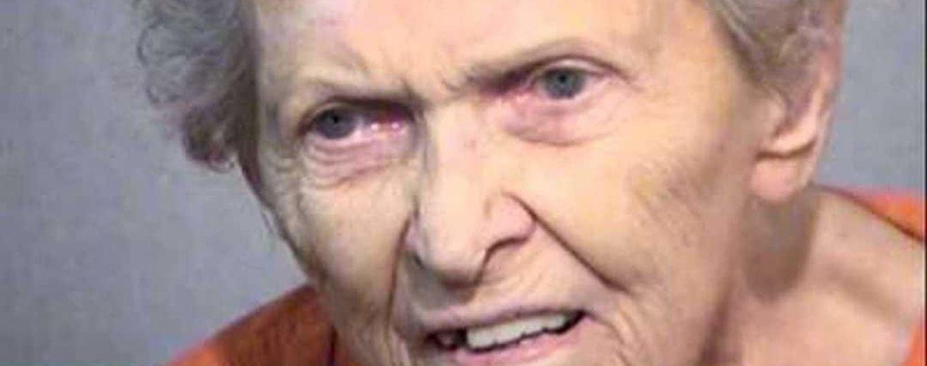 В США 92-летняя пенсионерка застрелила сына, который хотел сдать ее в дом престарелых