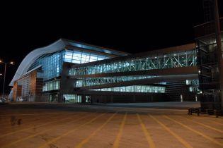 В аэропорту Тбилиси россиянин разлил ядовитое вещество: семь человек госпитализировали