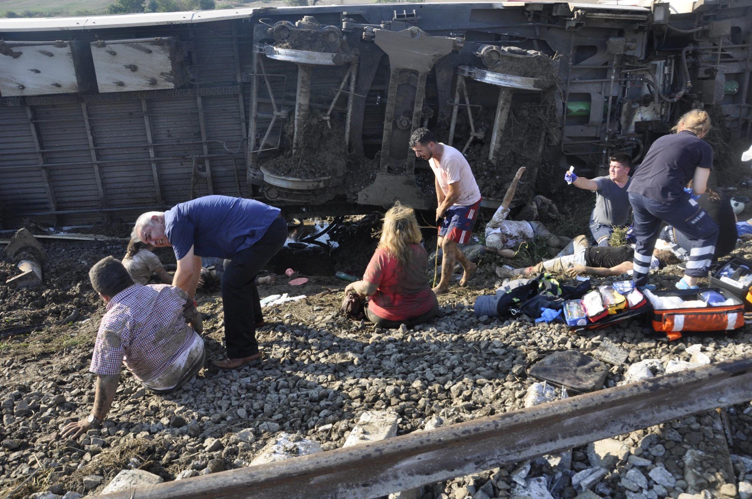 Поїзд перекинувся у Туреччин