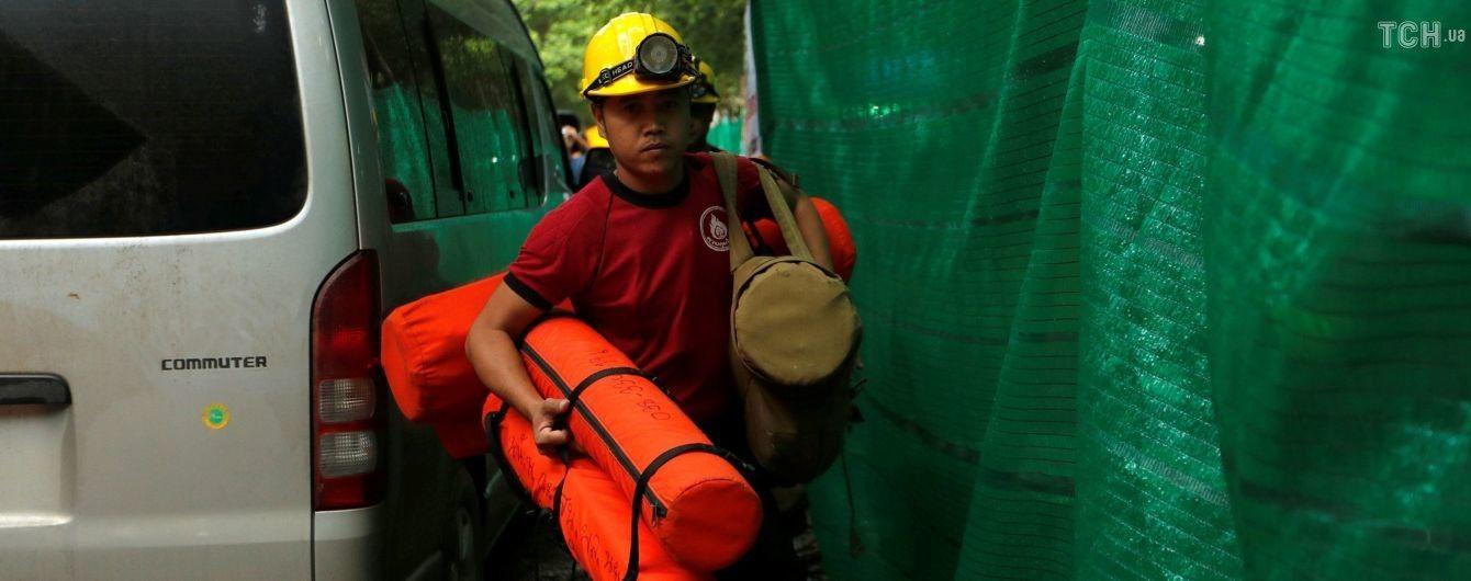 Рятувальна операція успішно триває: з тайської печери визволили п'яту дитину - ЗМІ