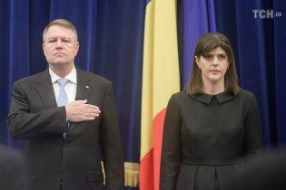 В Румынии президент уволил главную антикоррупционерку страны