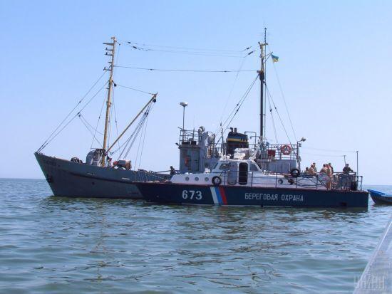 Росія затримала близько півтори сотні суден, що прямували до Маріуполя та Бердянська