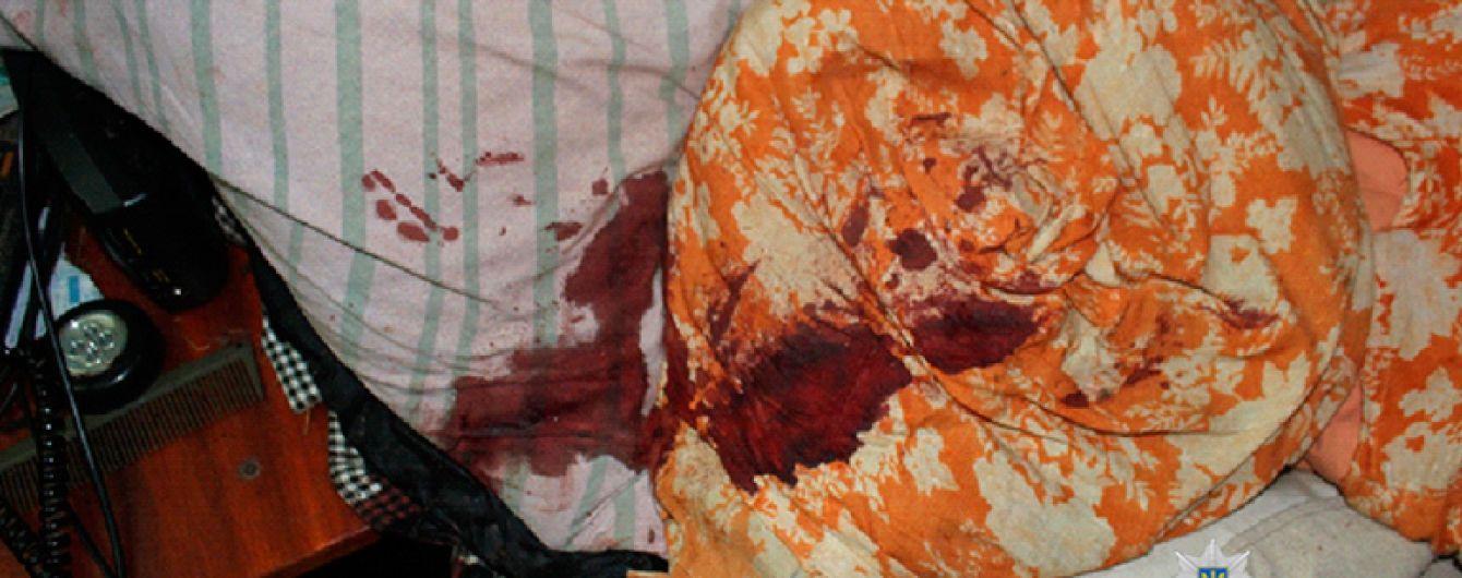 На Івано-Франківщині чоловік жорстоко побив і зґвалтував 75-річну пенсіонерку