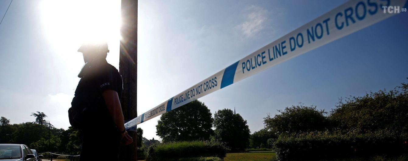 """В Солсбери потерял сознание мужчина рядом с местом атаки """"Новичком"""" - прибыли полиция и медики"""