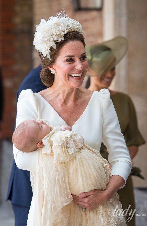 Герцогиня Кембриджская с принцем Луи_3