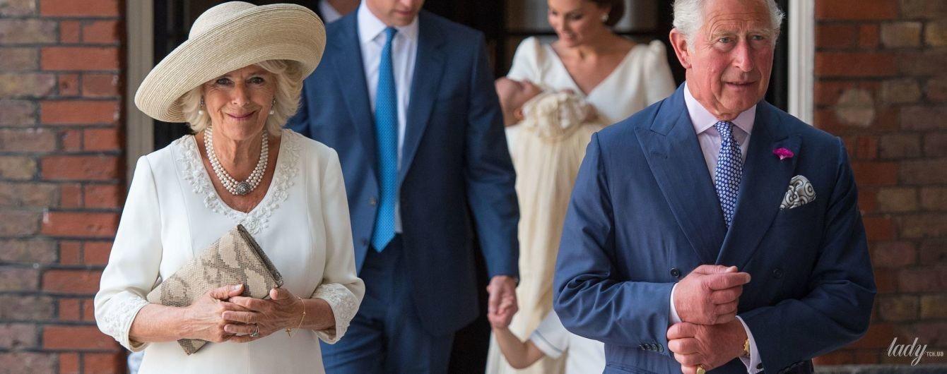 Найкрасивіша гостя: 70-річна герцогиня Корнуольська Камілла вразила красивим образом на церемонії хрещення принца Луї