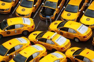 ЧС-2018. У Росії арештували двох таксистів, які обікрали журналіста ВВС
