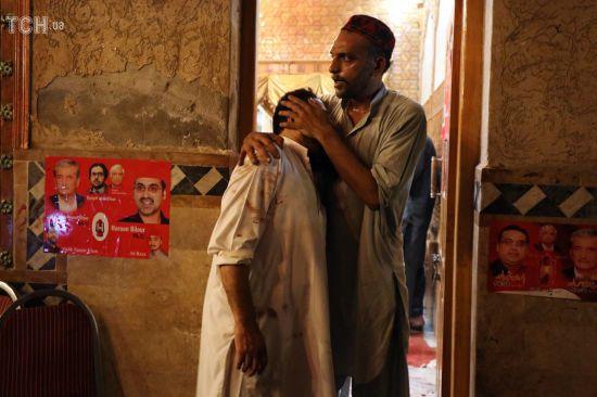 В Пакистане в результате терактов погибли более 130 человек