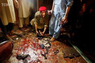 Майже 150 людей стали жертвами теракту в Пакистані