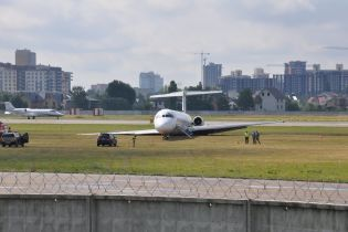 """Аеропорт """"Київ"""" звинуватив НАБУ в інциденті з літаком Bravo"""
