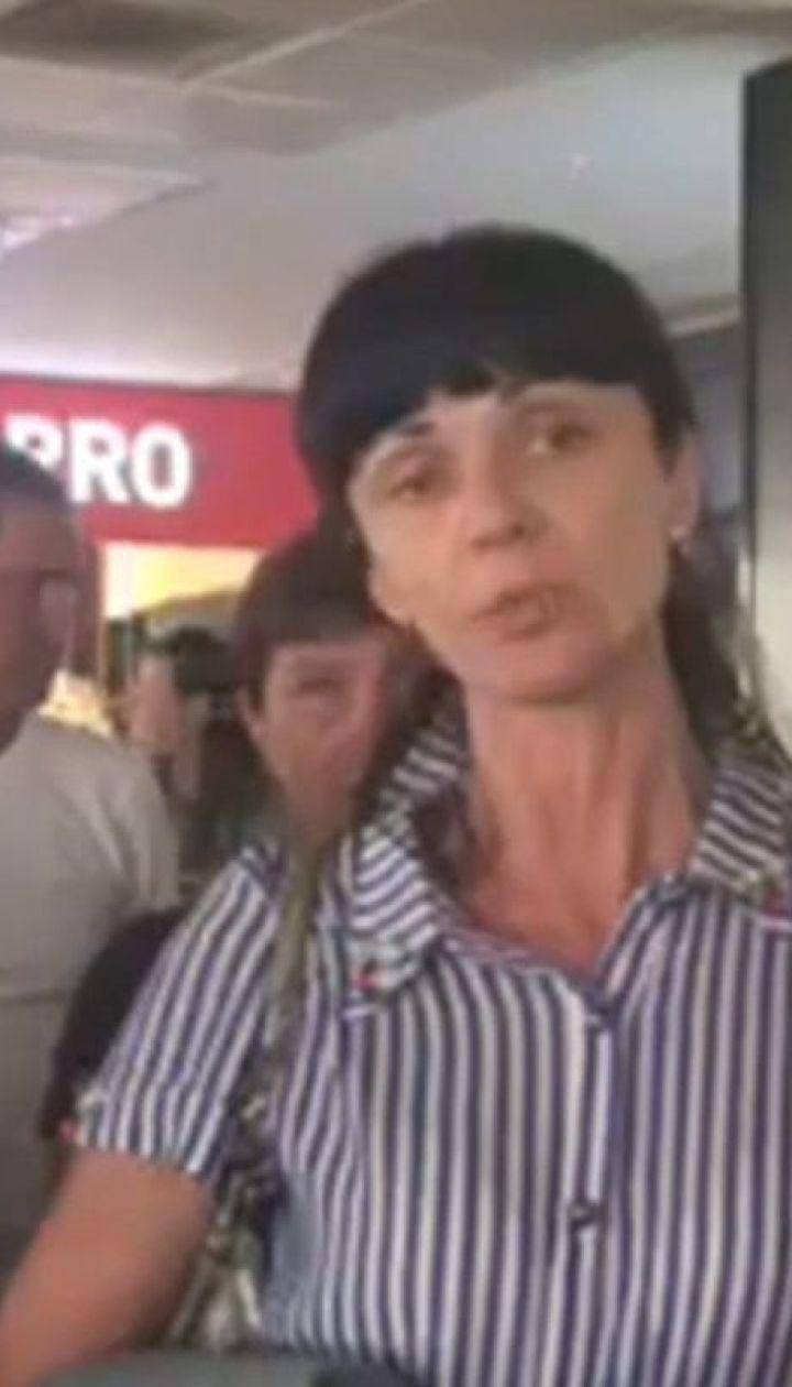 170 туристів з України другий день не можуть вилетіти з Анталії
