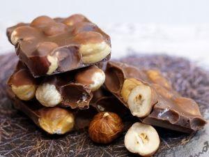 Який шоколад краще їсти і чому