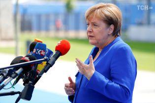 """Меркель відповіла на звинувачення Трампа у """"залежності від Росії"""""""