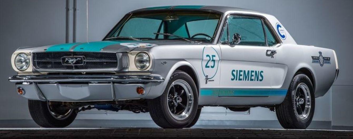 Siemens перетворив олдскульний Mustang у безпілотник
