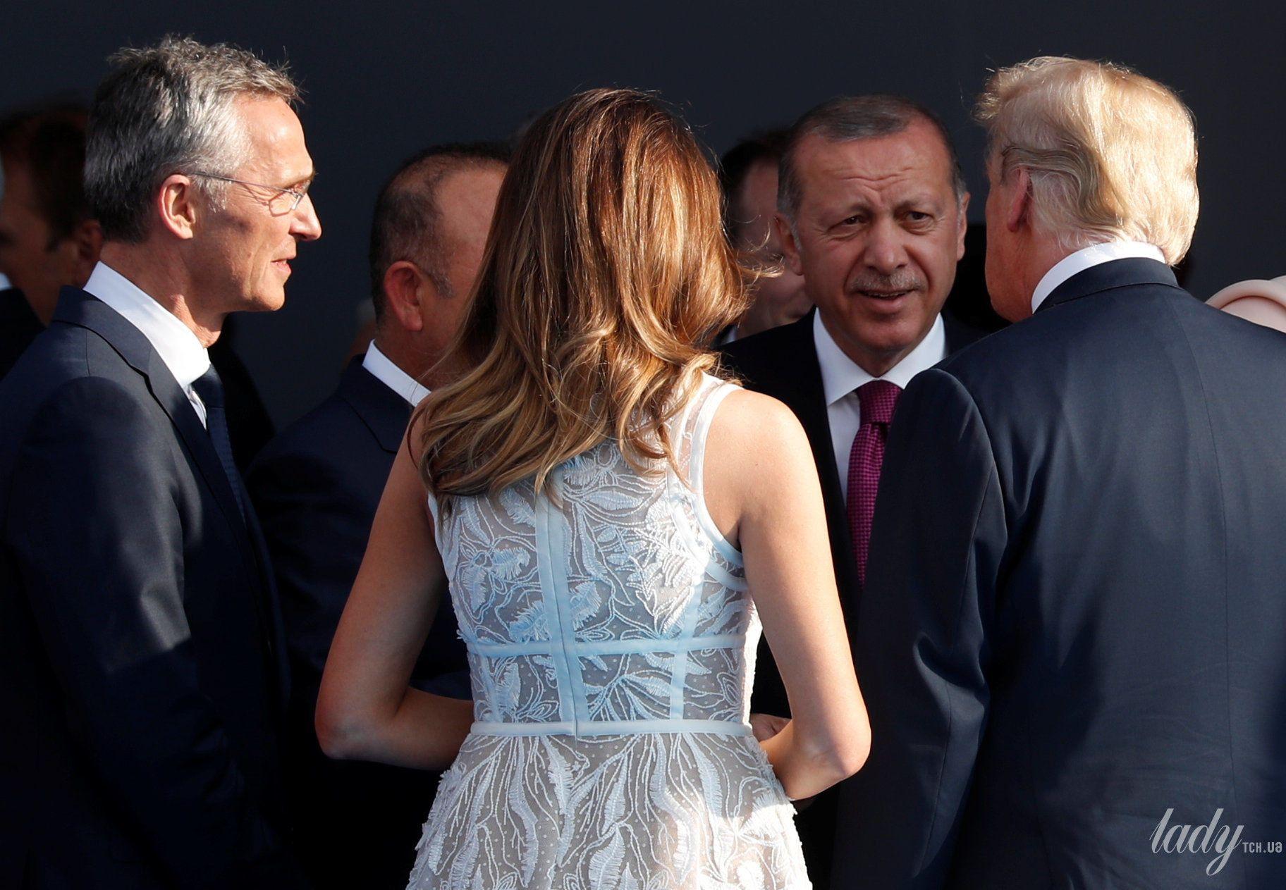 Мелания Трамп на саммите НАТО_12